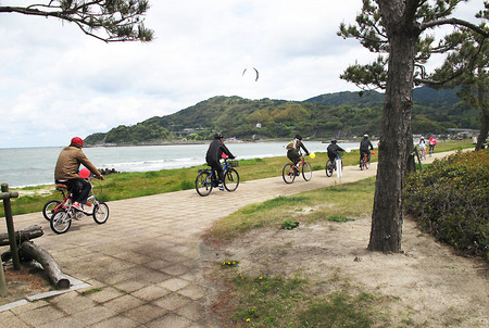 2013-earthdayride-02.jpg